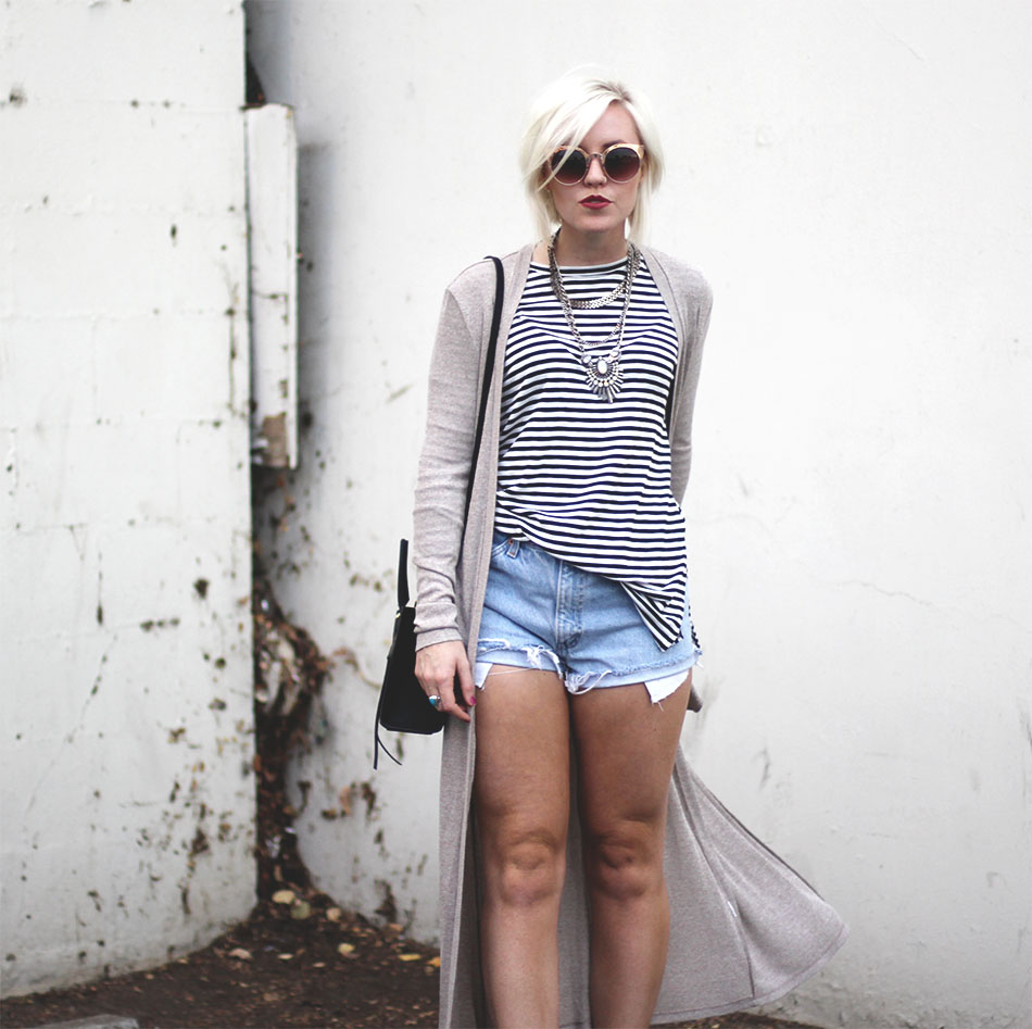 striped top_denim shorts_3