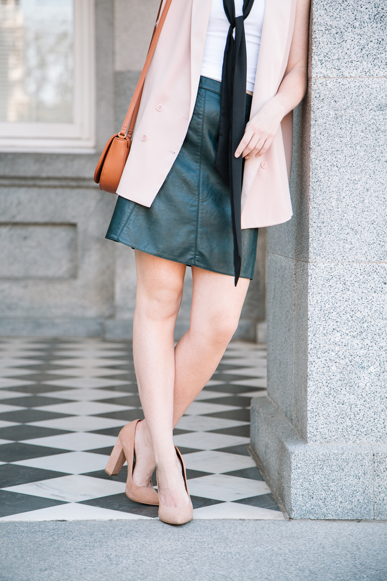 colour_me_classic_leather_skirt-06